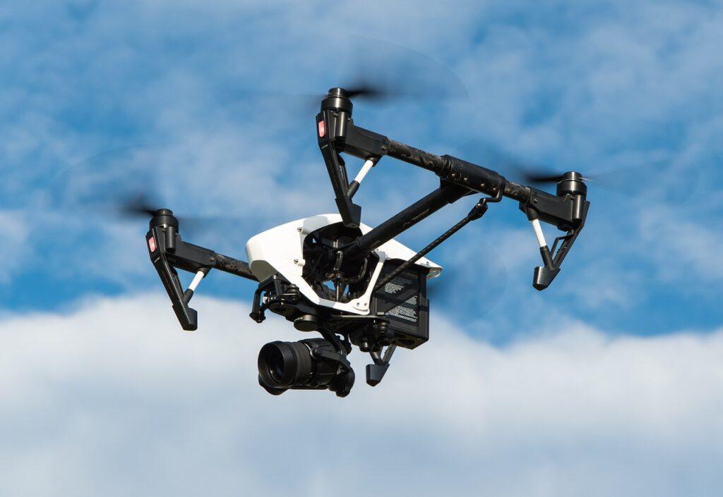 Carrera de pilotaje de drones en Conalep